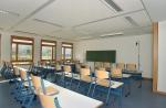 Wie betritt dein Lehrer den Klassenraum?