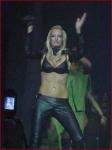 """Wieviel Konzerte gab Sarah Connor auf ihrer """"Naughty but Nice""""-Tour 2005?"""