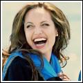 Angelina Jolie hilft Flüchtlingen.