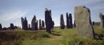 Wie wird der Steinkreis, durch den Claire in die Vergangenheit reist, (oder insbesondere der Berg) genannt?