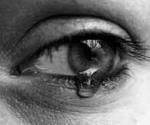 Du weinst lautstark wegen einer schlechten Note. Was macht dein Schatz?
