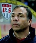 Wie hieß der Cheftrainer der USA bei der WM 2006?