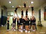 "SCM bedeutet so viel wie ""Spanische Cheerleader-Meisterschaft""."