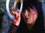 Nachdem Xena den Ring aus Rheingold benutzt hat, verliert sie ihr Selbst und jede Erinnerung an Gabrielle.