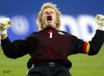 Wann spielte Oliver Kahn das erste Mal in der Deutschen Nationalmannschaft?