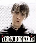 Wie heißt der Sänger von Itchy Poopzkid?