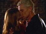 Wie heißt die Folge, in der sich Buffy und Spike das erste Mal in der 6. Staffel küssen?