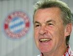 Wieviele Jahre war Ottmar Hitzefeld schon vorher beim FCB im Amt, bevor er im Februar nochmals zum FCB kam?