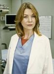Was gibt Meredith dem Chefarzt im Einzelgespräch als Antwort auf die Frage, wer das Leben eines Patienten gefährdet hat?