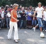 Manuel Neuer ist 21 Jahre alt (1. Mai 2007)
