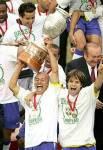 Mit wie vielen Jahren kam Diego zum FC Santos in Portugal?