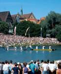 In welchem Jahr fand der Bürgerentscheid über die Neubebauung des Münsterplatzes statt?