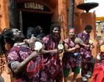Im ganzen Themenbereich wurden ca.100 Lautsprecher verteilt, die dem Besucher den Eindruck vermitteln sollen direkt im afrikanischen Dschungel zu sein