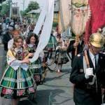 Die Polen gelten als ein Volk, das gerne feiert, und das an Traditionen und an alten Bräuchen festhält.Welches sind die zwei wichtigsten Feiertage i
