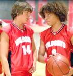 Troy und Chad sind Geschwister.