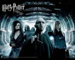 Im Schloss: Über wen regt sich Lily so auf, weil sie schwarze Magie verwendet haben?
