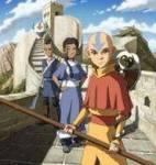 """Sokka wurde bei seiner ersten Begegnung mit Aang von Appa """"beschmoddert""""."""