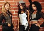 """Wer gab bei welchem Konzert der """"Destiny Fulfilled and Lovin' It""""-Tour die Trennung von Destiny's Child bekannt?"""
