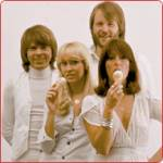 In welchem Jahr fand ein Konzert von ABBA im Londoner Wembley-Stadion statt?