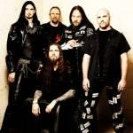 Welcher Band verdankte Jesper Strömblad neben In Flames noch ihre Entstehung?