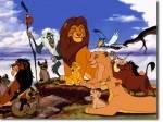 """""""Der König der Löwen"""": Simba lernt zwei Freunde kennen, nämlich Timon und ..."""