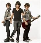 Wie alt sind Kevin, Joe und Nick Jonas?