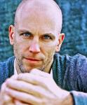 Wie gut kennst du Lars Löllmann alias Gerrit Broda aus Anna und die Liebe wirklich?
