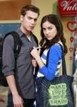 Am Ende der ersten Staffel gesteht Ethan Silver seine Liebe vor Dixons Augen!