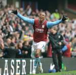 Wer ist dieser Fußballspieler? (Er spielt in Aston Villa.)