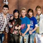 Warum wurde die Boy-Group offiziell aufgelöst?