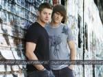 Wie lautet der Nachname von Dean und Sam?