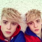Wie heißen John und Edward mit Nachnamen?