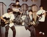 Ist es wahr, dass sich Paul mal als Polizist verkleidet hat, nur um sicher auf eins der Beatles Konzerte zu kommen?