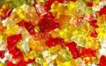 In dem Musikvideo welchen Liedes kommen unter anderem Süßigkeiten (z.B. Gummibärchen) vor?(Eine einfache Frage für den Einstieg)