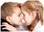 Kommen wir gleich zur ersten Frage: Hast du Geschwister und wenn ja, wie ist dein Verhältnis zu ihnen?