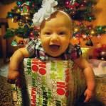 """Ich hasse Weihnachten, ich hasse, hasse, hasse es einfach. Alle Menschen sind """"glücklich"""", grade zu betrunken vor Glück und freuen sich au"""