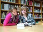 Wie oft beschäftigst du dich mit Büchern? (z.B. in der Schule oder in der Freizeit)