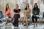 Die Liars helfen bei einer Blut-Spenden-Aktion in ihrer Schule aus. Emily muss Cookie und Brownie an ihre Freundinnen abgeben.Warum bloß?