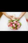 Für mich ist das Brautkleid am Wichtigsten, und deshalb: Welche Farbe soll dein Kleid haben?