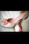 Schuhe sind natürlich auch wichtig, man kann doch nicht barfuss gehen:) Wie sollten deine aussehen?
