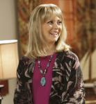 Wie heißt die Mutter von Claire und Mitchell Pritchett?