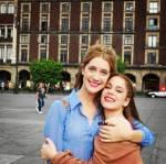 Clara und Tini sind braun-haarig?