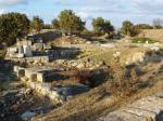 Wer startete im 19. Jh. weitläufige Grabungen und entdeckte dabei die Stadt Troja?