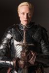 Von wem bekommt Brienne of Tarth das Schwert aus valyrischem Stahl?