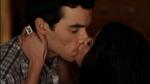 In welcher Folge lernten sich Aria und Ezra kennen und kamen zusammen?