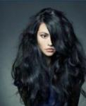 Name: Harmony Phönix Alter: 17 Geschlecht: weiblich Aussehen: schwarze hüftlange Haare mit vielen Bunten stränchen, Schwarze Augen Charakter: Freih