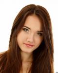 Name: Katharina Luchs Alter: 19 Geschlecht: Weiblich Aussehen: Großes Mädchen, mit blonden-bis strahlend braunen Haaren und grünen Augen... Charakt