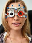 Was gehört nicht zu den Aufgaben eines Augenoptiker?
