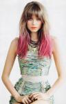 Name: Amy Baker Spitznamen/Rufnamen: Am oder so XD Alter: 17 Geschlecht: Weiblich Herkunft: Skandinavien Wesen: Sirene Aussehen: dunkelblonde Haare, w