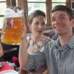 Wie heißt Müllers Ehefrau?